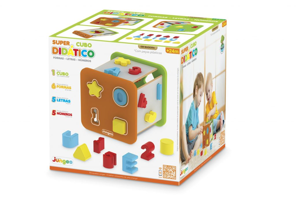 Caixa do Super cubo didático em madeira com formas, letras e números em plástico