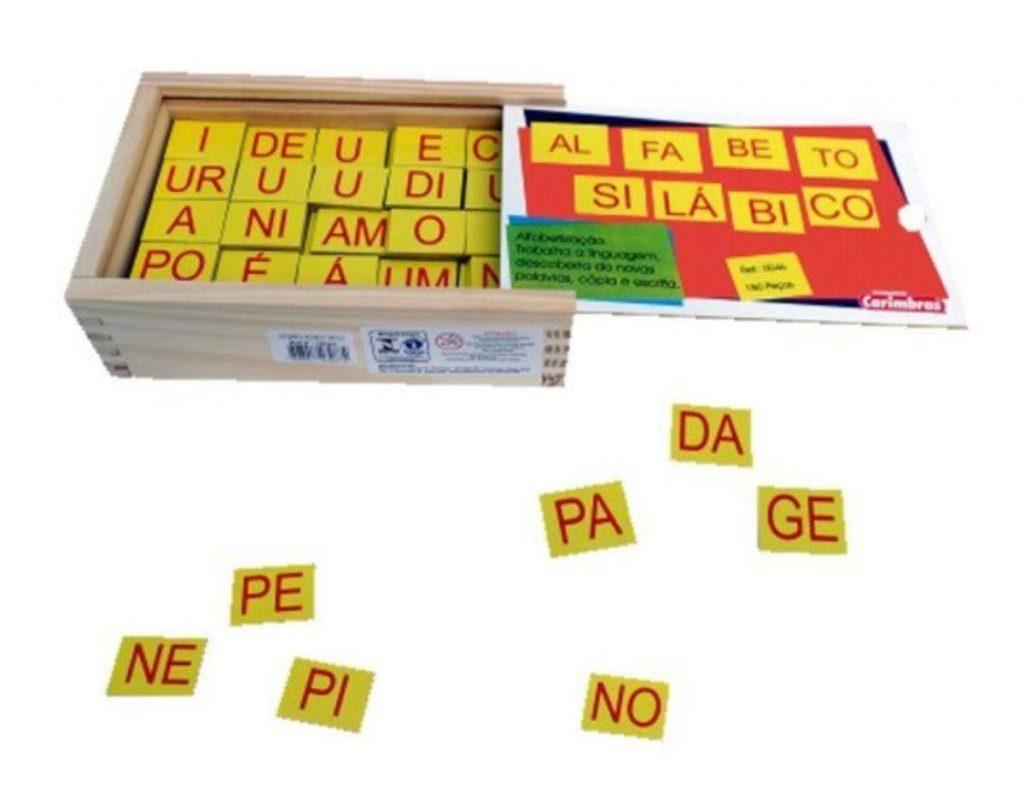 Alfabeto silábico de 180 peças de madeira