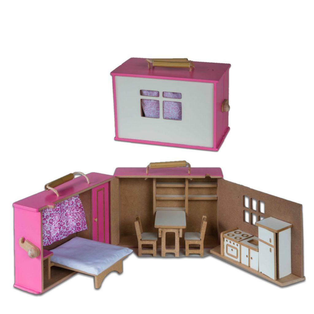 Maleta casinha rosa aberta e fechada