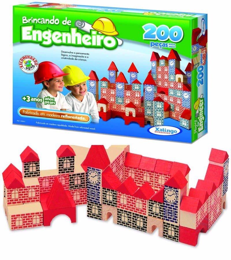 Embalagem e peças do Engenheiro 200 peças