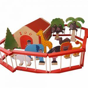 Cenário Zoológico de madeira montado
