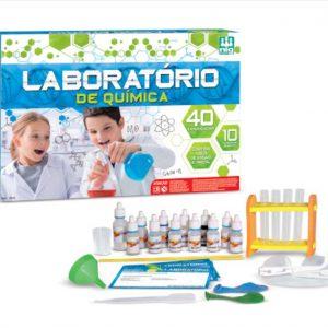 embalagem e itens do jogo laboratório de química