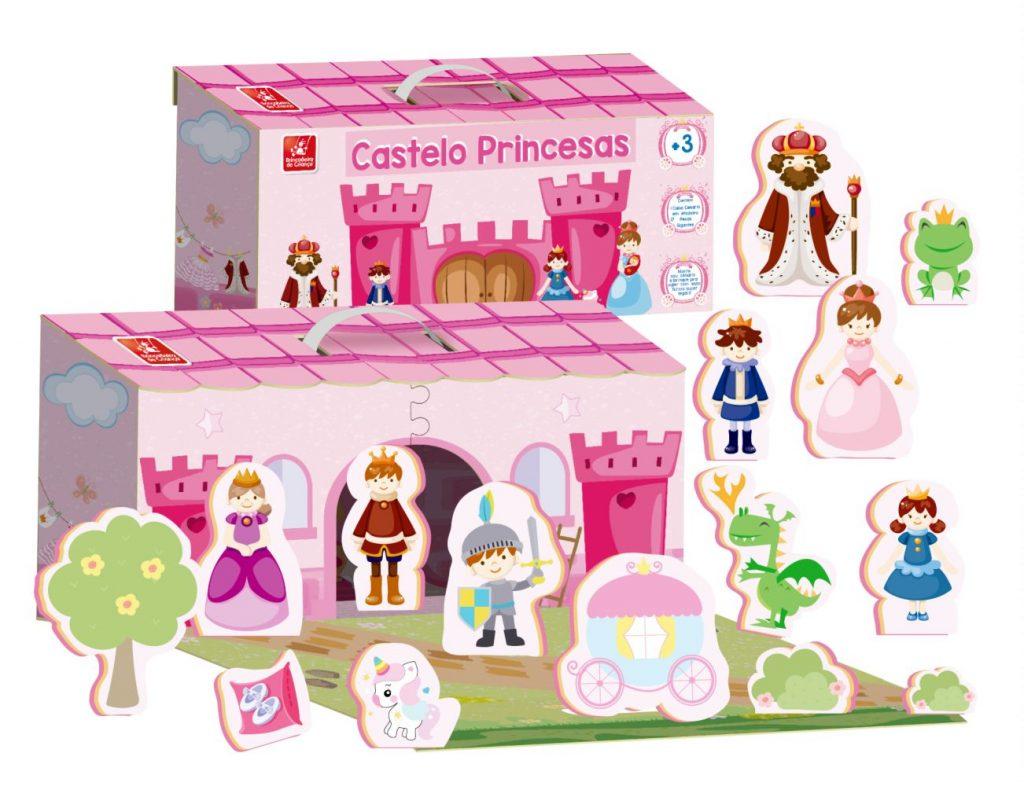 Maleta castelo princesas aberta com todas a peças